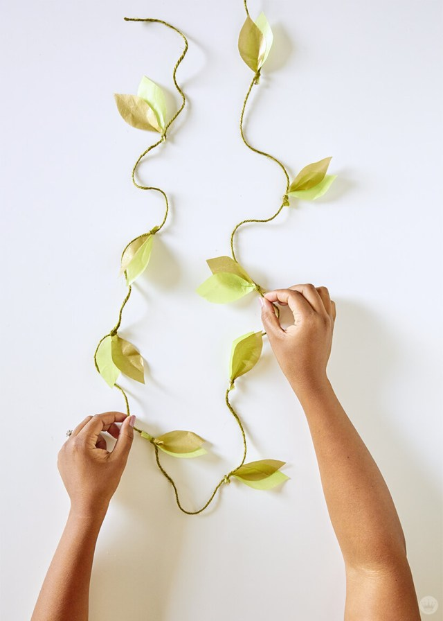 the finished DIY paper vine garland | thinkmakeshareblog.com