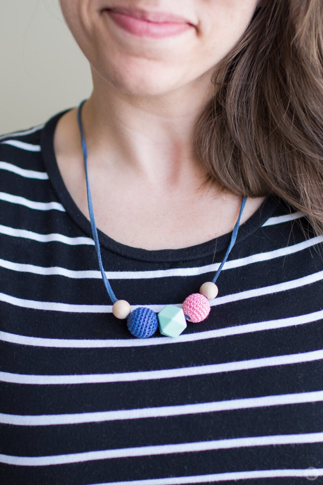 Handmade gift exchange: Necklace by Em B.