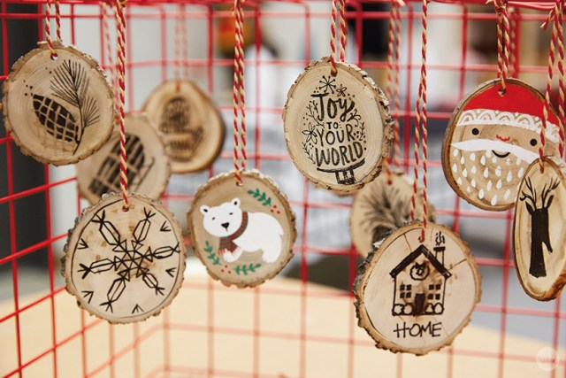 DIY ornament ideas: Hand-painted wood rounds