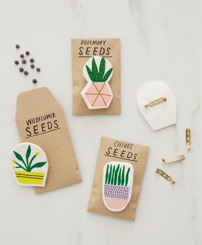 clay pins with pin-backs attached to seed packets for the DIY Clay gift attachments | thinkmakeshareblog.com