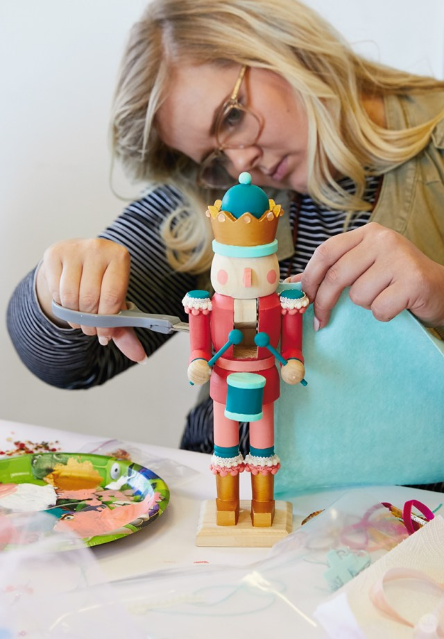 Making a cape for a wooden nutcracker