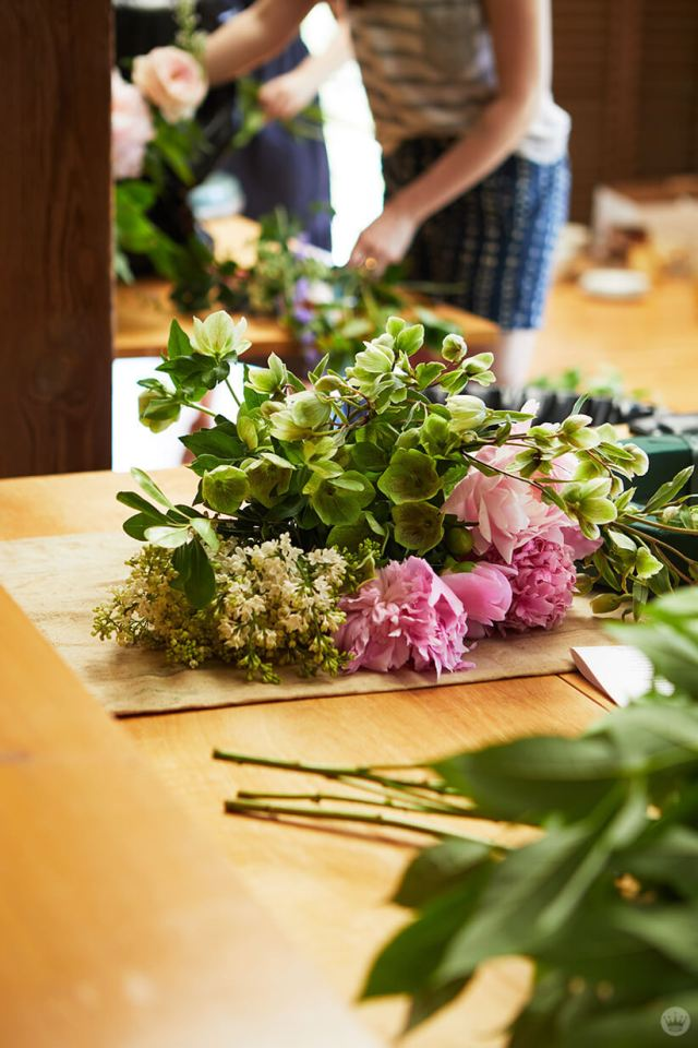 behind the scenes shot at the floral workshop | thinkmakeshareblog.com