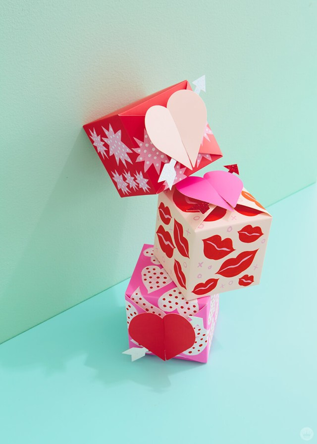 decorated paper wonder gift boxes featuring hearts, stars, and lips | thinkmakeshareblog.com