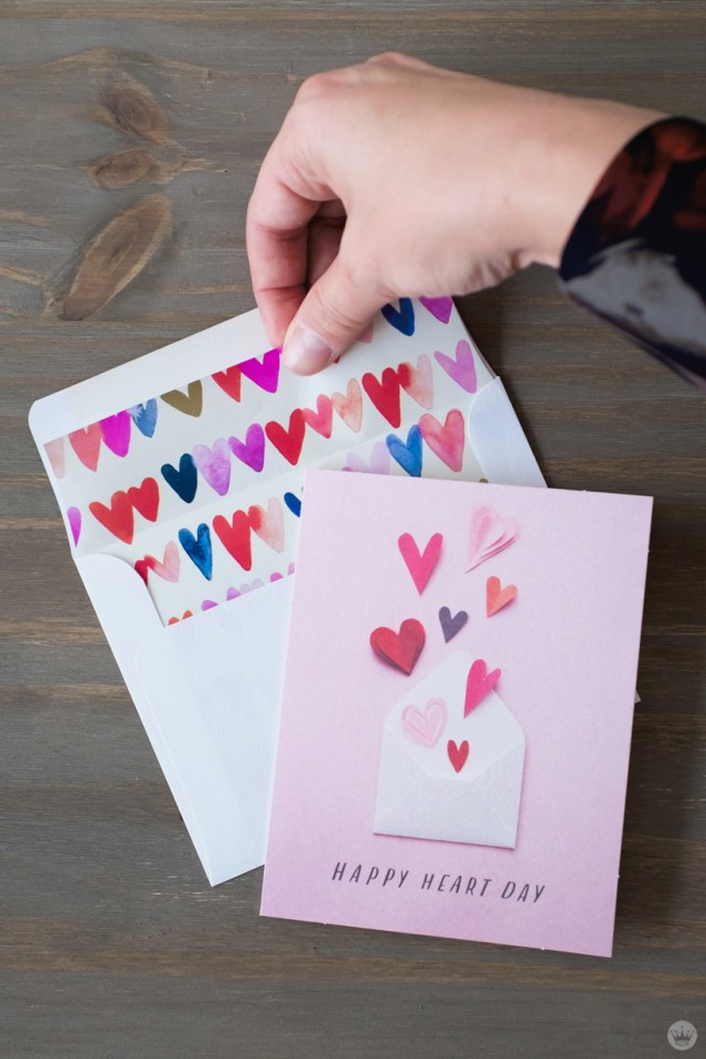 DIY Valentine's Day envelope art: gift wrap envelope liners