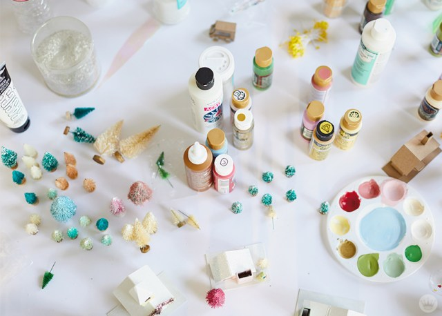 Supplies for making glitter houses