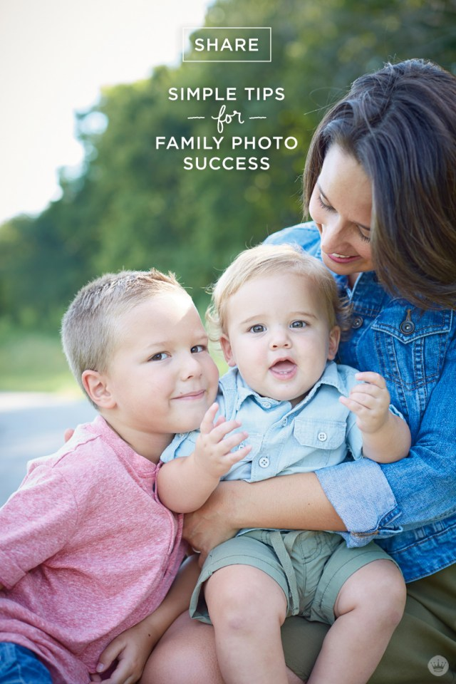Simple tips for dressing the whole family for photos with Hallmark | thinkmakeshareblog.com