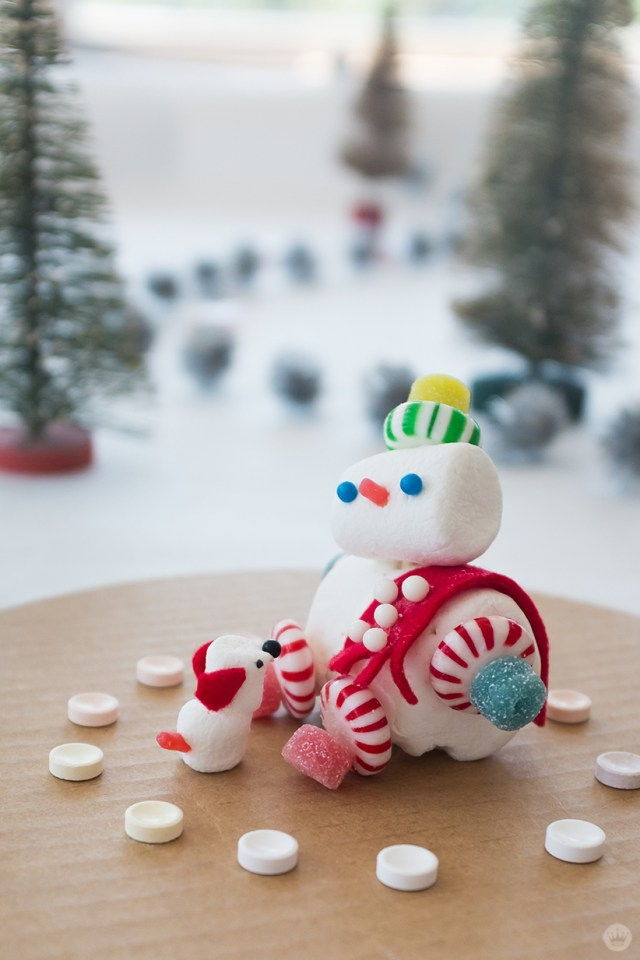 Marshmallow snowman and dog