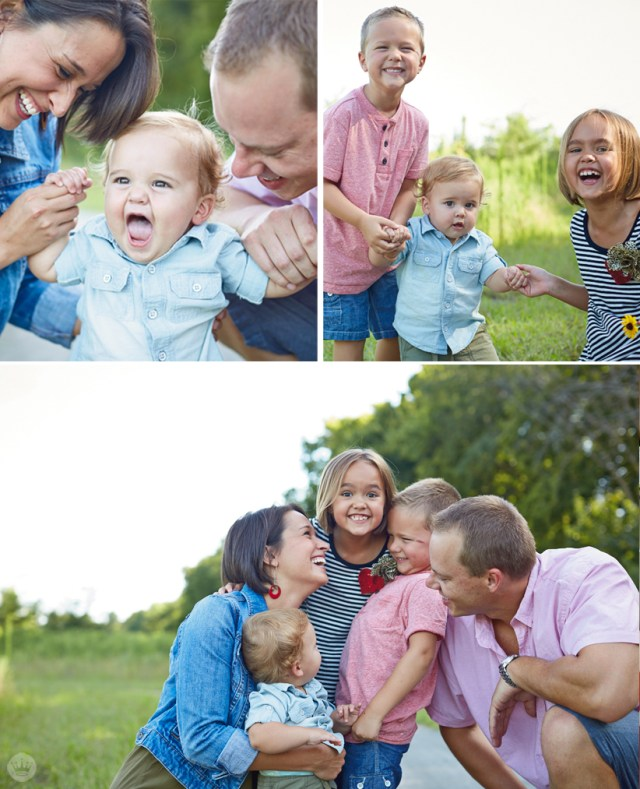 Tips for dressing the whole family for holiday photos | Hallmark Cards | thinkmakeshareblog.com