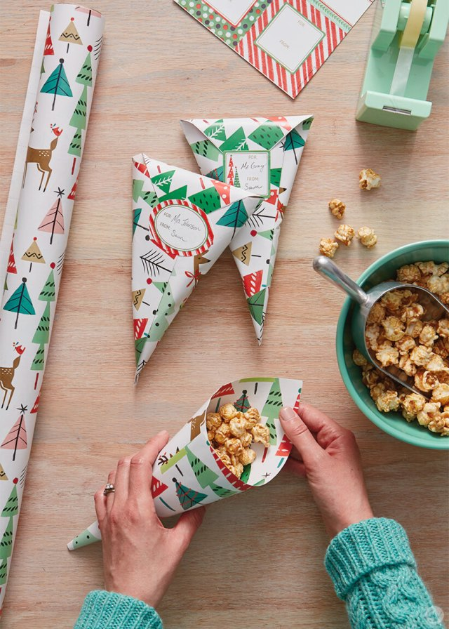Treats Gift Wrap | thinkmakeshareblog.com