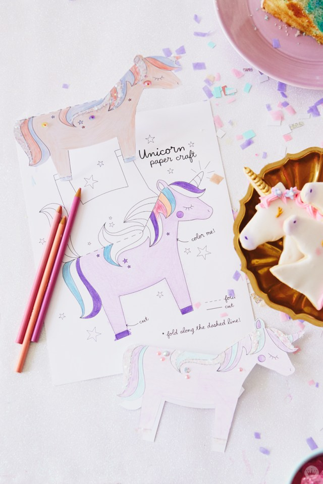 Printed Unicorn paper craft (available in blog)