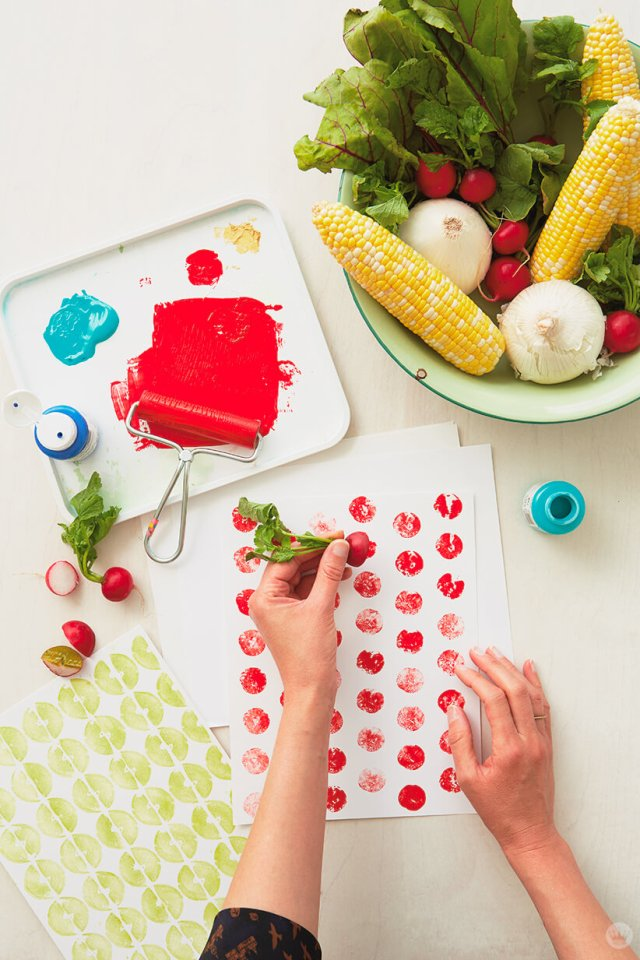 Fruit and Vegetable Stamping | thinkmakeshareblog.com