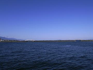 琵琶湖湖東側