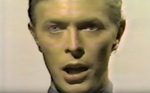 David Bowie performs Space Oddity on Dick Clark's Salute To The Seventies