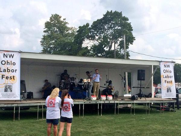 Ohio Democratic Gubernatorial Candidate Fitzgerald draws a crowd of two at a Labor Day event.