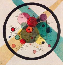 Circle in a Circle, 1923