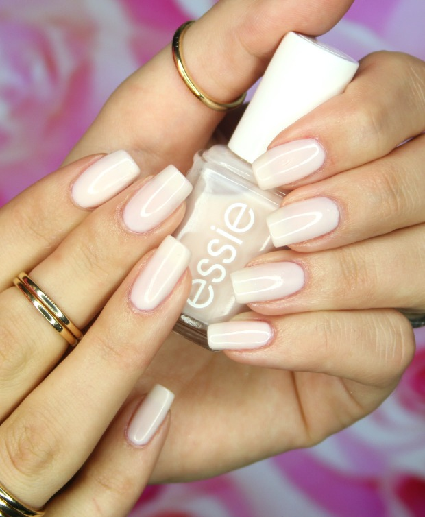 Essie limo-scene swatch