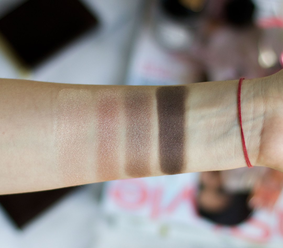 tom-ford-nude-dip-swatches