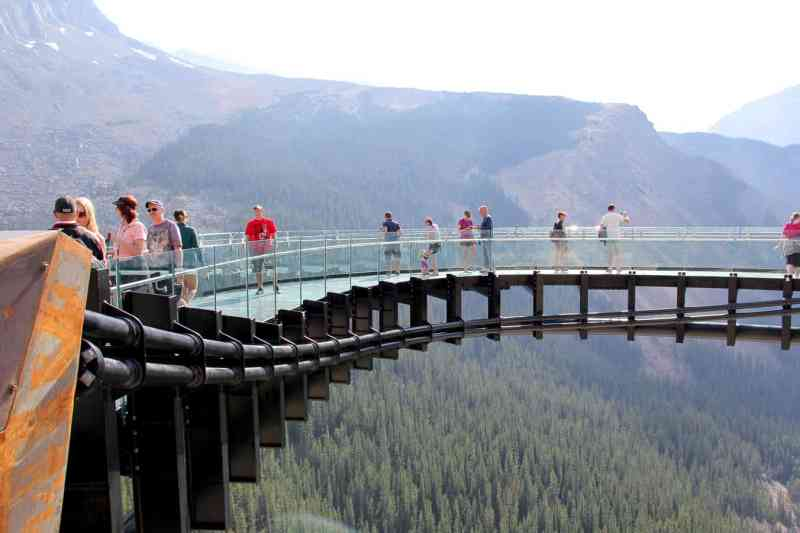 Explore: Glacier Skywalk, Jasper National Park