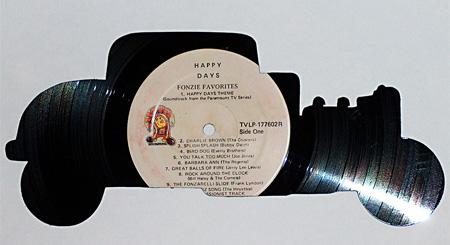 art made of vinyl records (1)