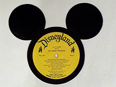 art made of vinyl records (9)