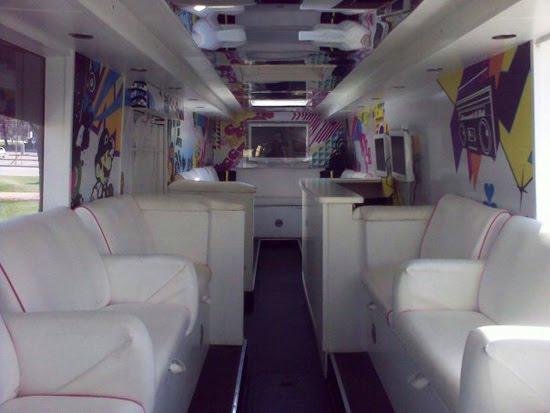highschoolpartybus