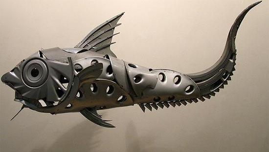 strange-fish-sculpture