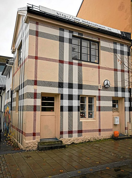 burberry-pattern-house