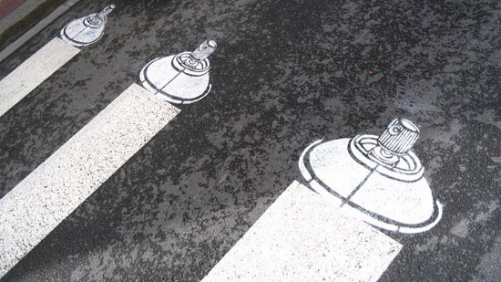 spray-caps-street