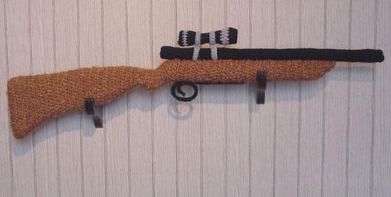 knitted-gun