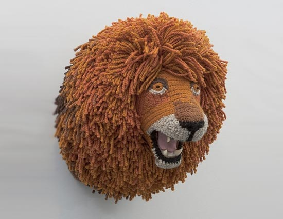 knitted-lion