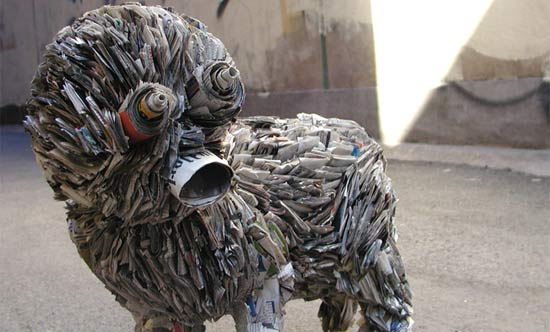 newspaper-sculpture-sreet-art