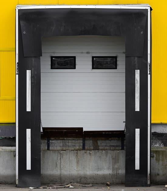 robot-head-yellow