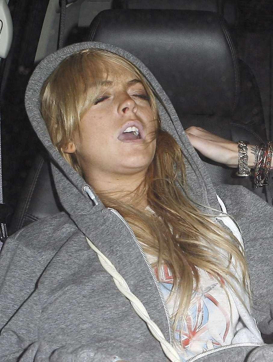 Lindsay Lohan Orgasm 119