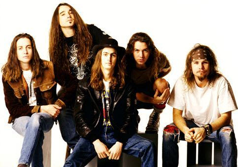 The Voices of The Seattle Sounds And Pearl Jam