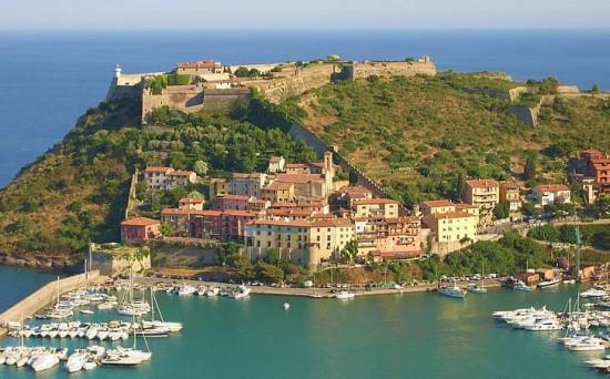 Porto Ercole is a coastal Italian town .