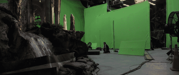 5 Things The Hobbit Movies Spent Money On like Rivendell made in a green room