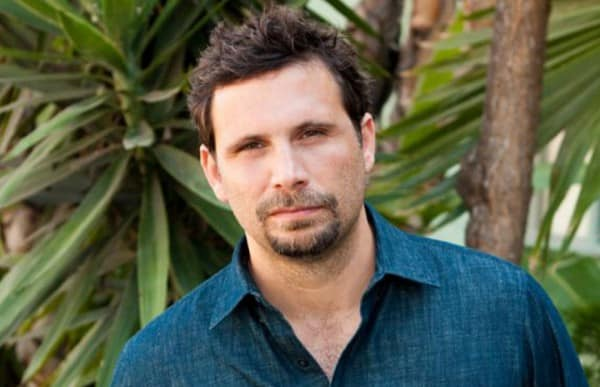 What The Cast Of Six Feet Under Is Doing Now also has Jeremy Sisto