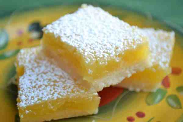 The list of 5 great snacks that anyone can make includes Lemon Bars.