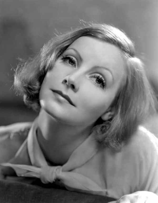 Greta Garbo is one of the 5 artists who took a chill pill.