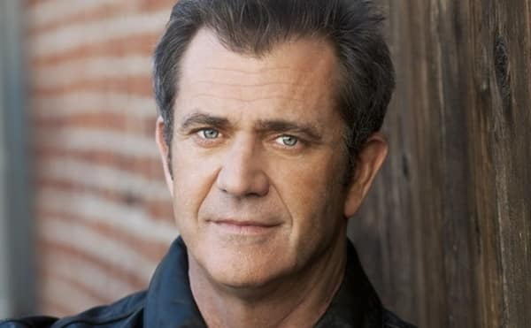 5 stars with a younger new flame - Mel Gibson