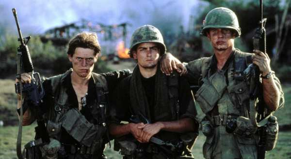 Among the top 6 performances by Charlie Sheen we can find his role in the Platoon movie.