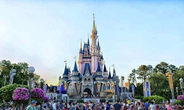 The top spot of the most visited amusement parks belongs to The Magic Kingdom.
