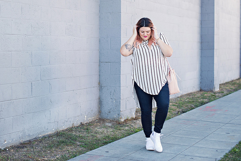 Nicolette Mason Billowy top, Fashion taboos, Naturally Fashionable all white, Plus Size, Fashion, Plus Size Fashion, Plus Size Bloggers, Plus Size, Glamour Magazine, Style, Style blog, Curvy, Curvy Fashion, Wearing white, Prints, Stripes, Curvy Girl Chic, Trendy Curvy, Nicolette Mason, Gabifresh