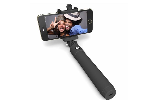 small gifts ideas for men selfie stick