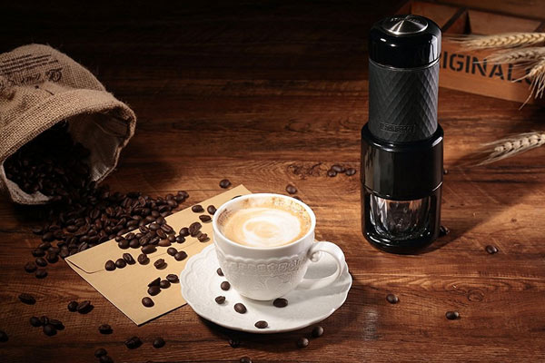 gifts to get your boyfriend for christmas portable coffee maker