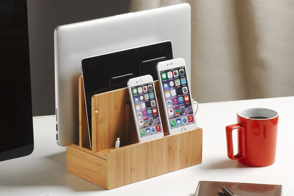 christmas gift ideas for coworkers charging dock
