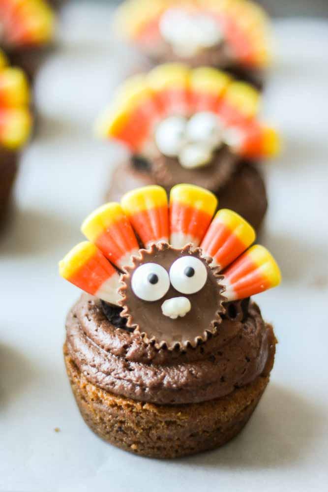 Thanksgiving Cookie Cupcakes - TGIF - This Grandma is Fun