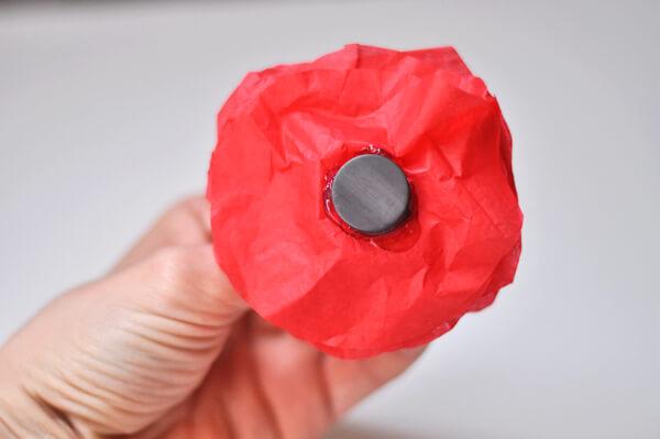 Tissue Flower Magnets 12