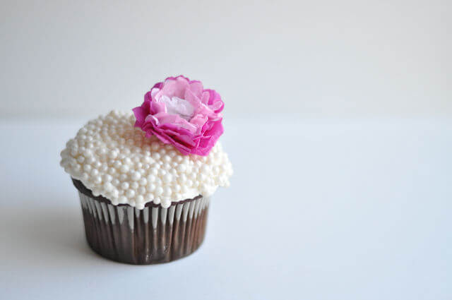 tissue paper flower cupcake toppers  u2022 this heart of mine