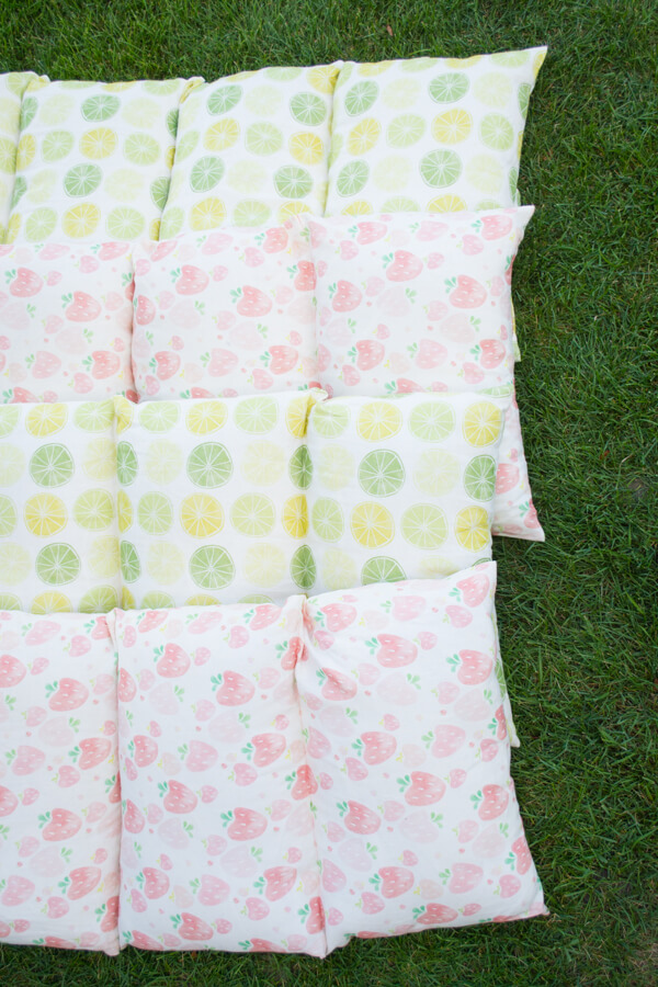 Make Easy Pillow Beds for Summer! | this heart of mine